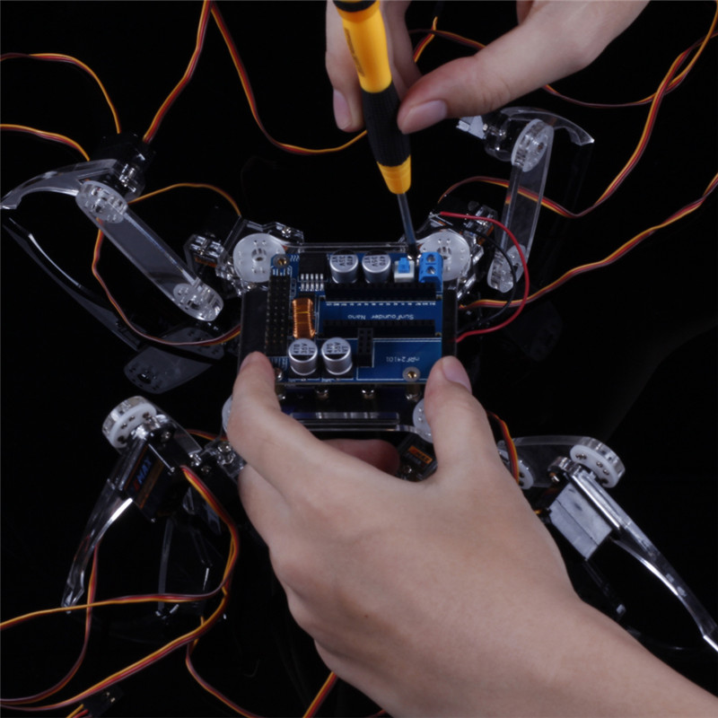 Комплект поставки умного робота паук с ардуино нано