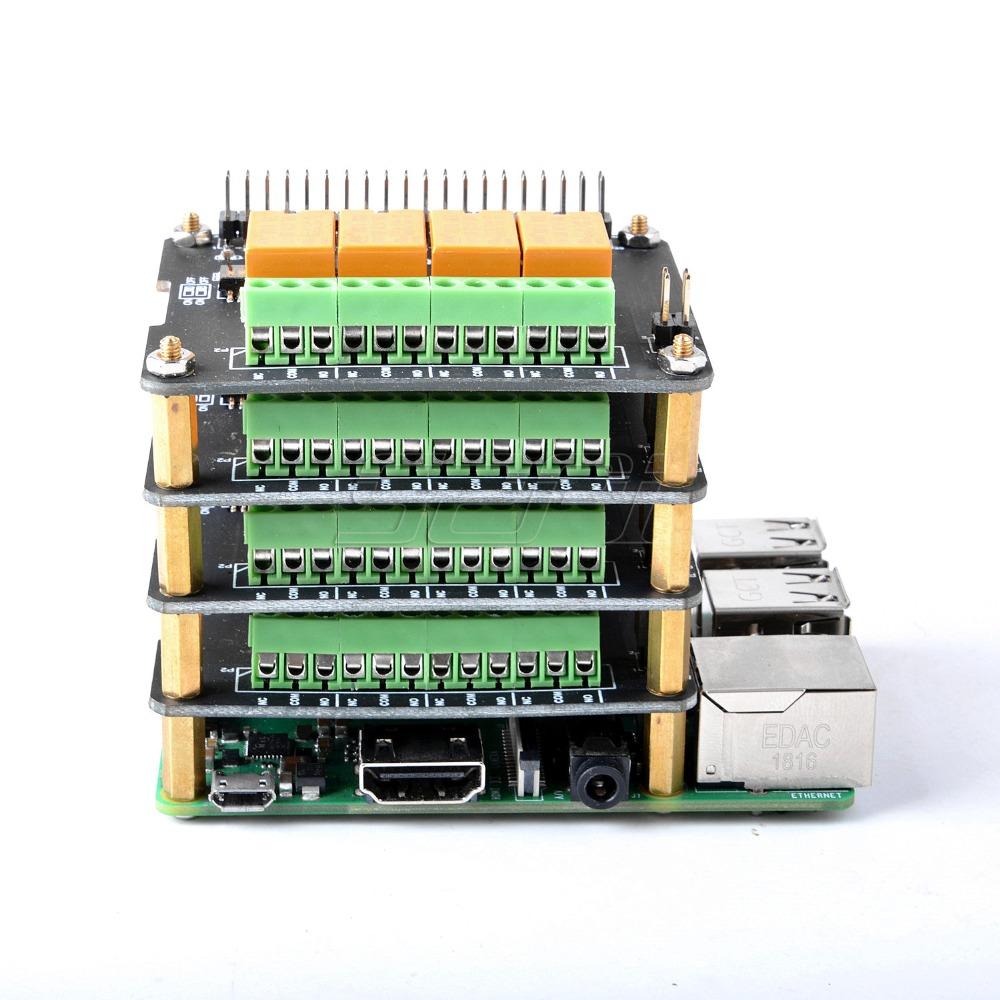 Установка до 4 плат расширения с 4 каналами реле для Raspberry Pi