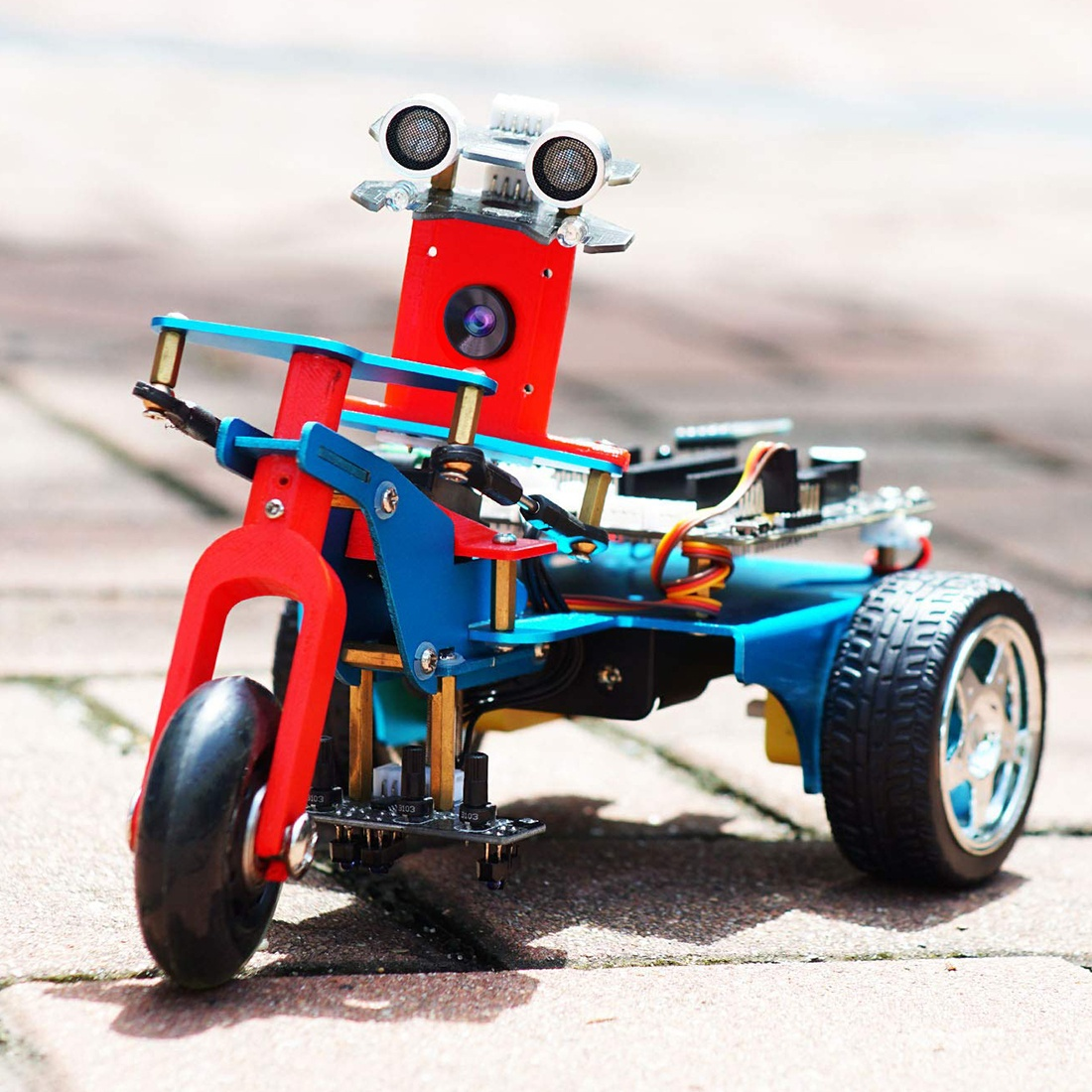 Особенности трехколесного умного робота с HD камерой на Raspberry 4B